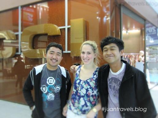 Our good samaritan Argentinian friend, Antonela Escola